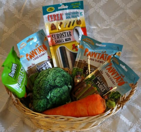 VEGAN DOG BIRTHDAY CHRISTMAS BASKET WITH VEGAN TREATS AND 2 PLUSH VEGETABLE TOYS